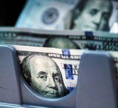 Cómo calcular si el dólar está atrasado