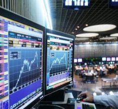 El Central atenaza el dólar, pero acciones y bonos caen y Riesgo País sube a casi 800 puntos
