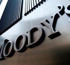 Advierte Moodys: por la devaluación la deuda subirá del 50% al 70% del PBI