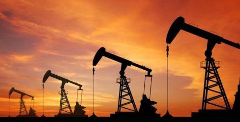 El Gobierno descongela el precio del petróleo y los combustibles subirán 4% desde mañana